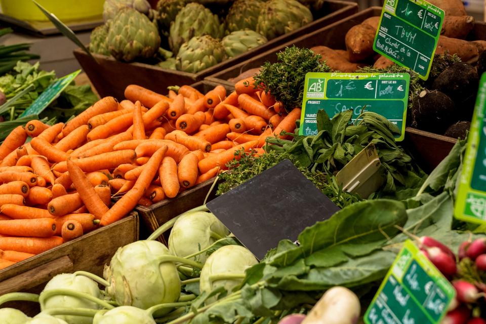 Bild: Wochenmarkt am Duvenstedter Markt