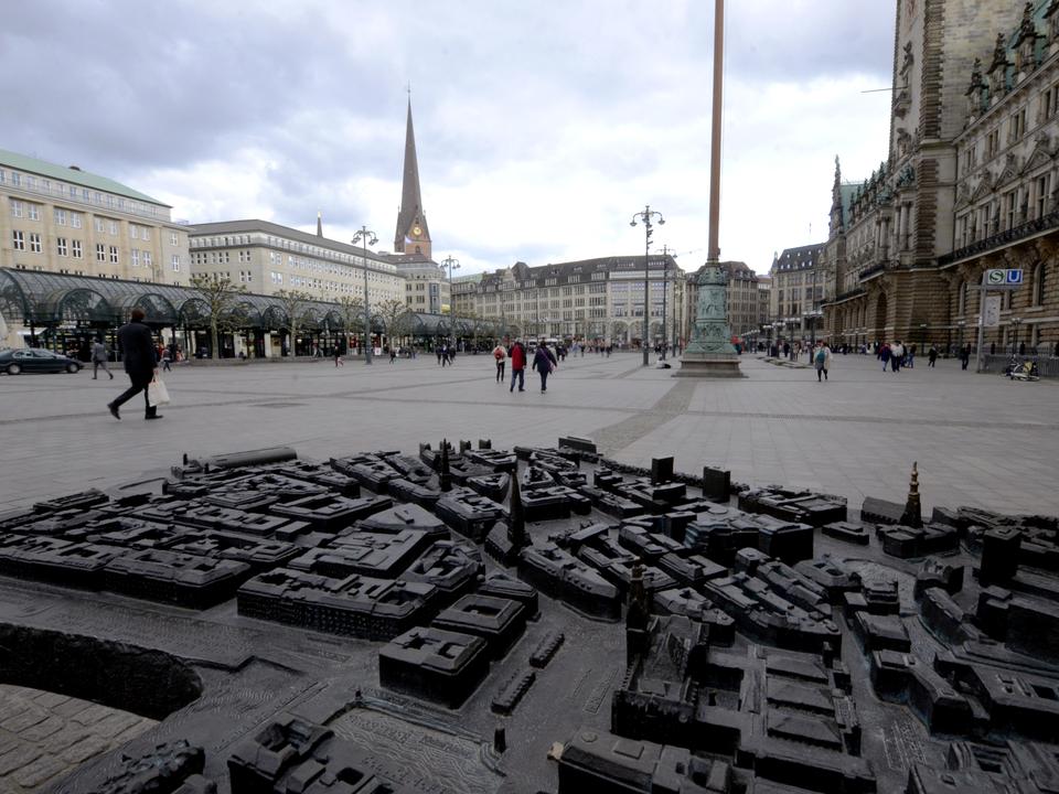 Bild: Rathausmarkt_03