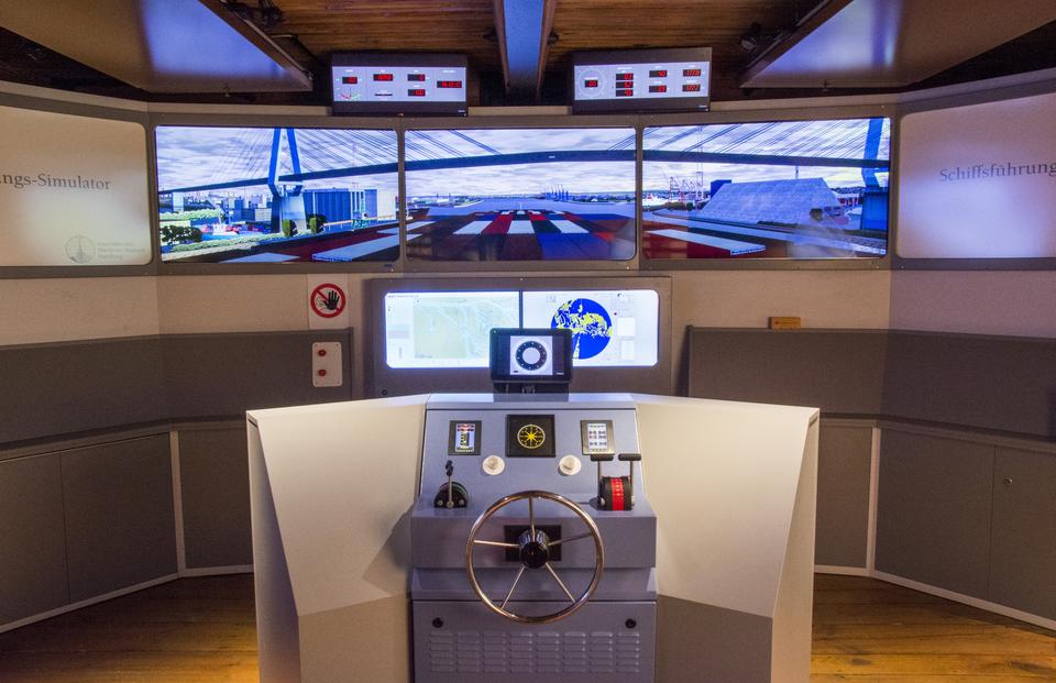 Bild: schiffsfuehrungssimulator-immh