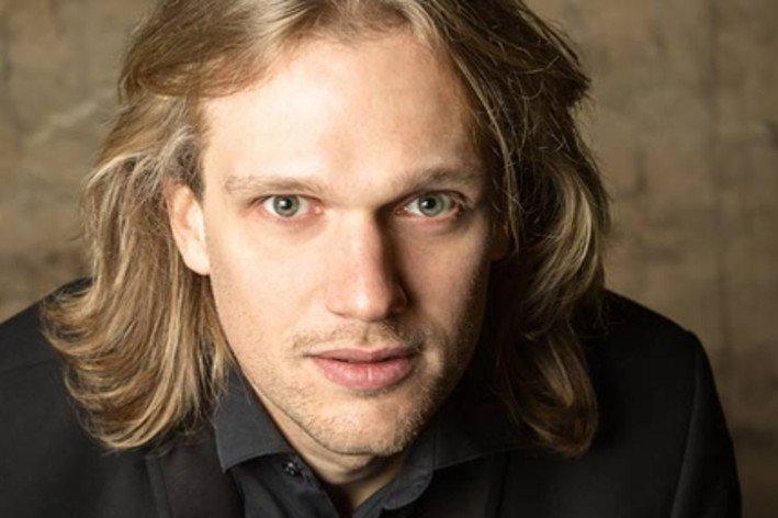 PR Evgeny Beleninov