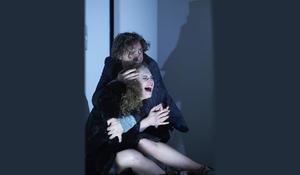 Bild: Hamburger Theaterfestival  - Düsseldorfer Schauspielhaus:  Der Idiot