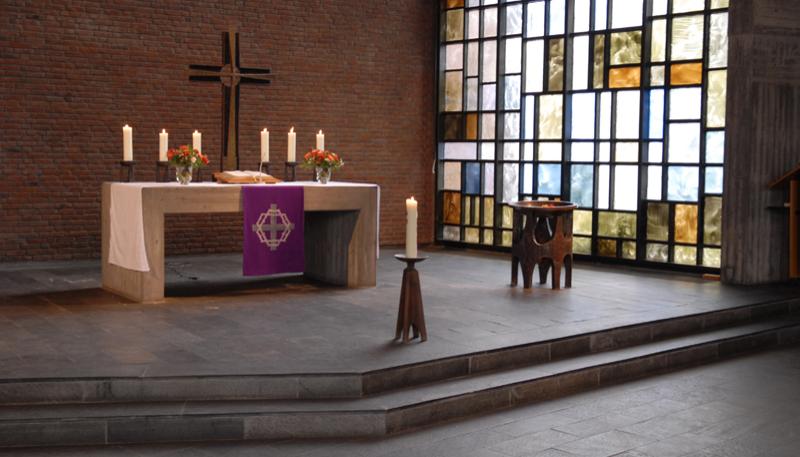 Bild: Petrus-Kirche Lokstedt