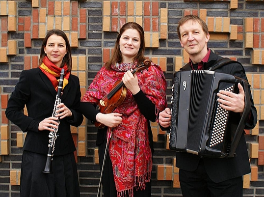 Bild: A Mekhaye | Traditionelle Klezmermusik, instrumental und mit Gesang