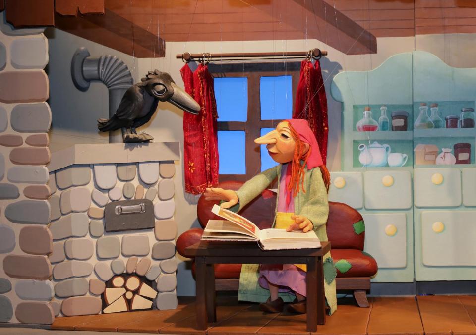 Bild: Marionettentheater im Jenisch Haus: Die kleine Hexe