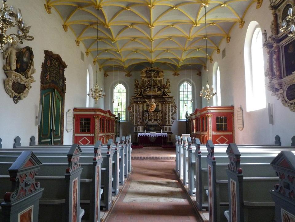 Bild: Schlosskirche Ahrensburg Innenansicht