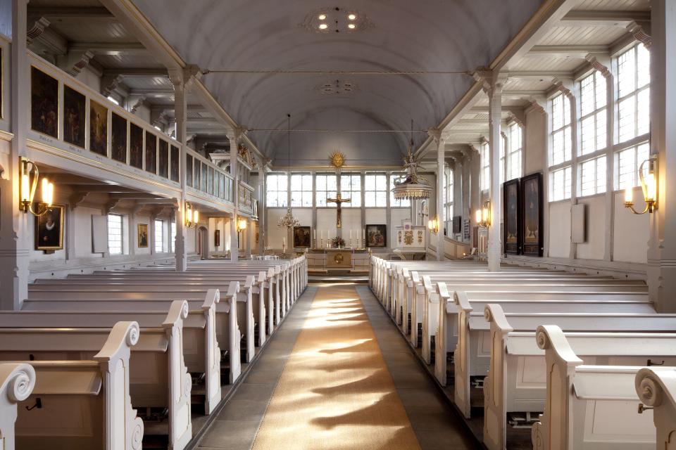 Bild: Das Kirchenschiff von St. Johannis zu Eppendorf