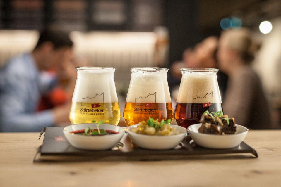 Bild: Bier-Tasting in der Elbphilharmonie