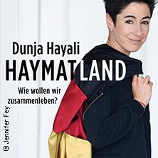 Bild: Dunja Hayali - Auf Tour durch's Haymatland