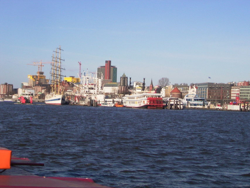 Bild: Hafenrundfahrten Hamburg News Stadtführungen