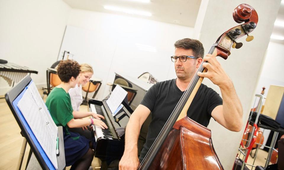 Bild: Instrumentenwelt: Klassiko Orchesterinstrumente