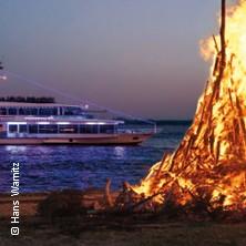 Bild: Große Osterfeuer- und Lichterfahrt