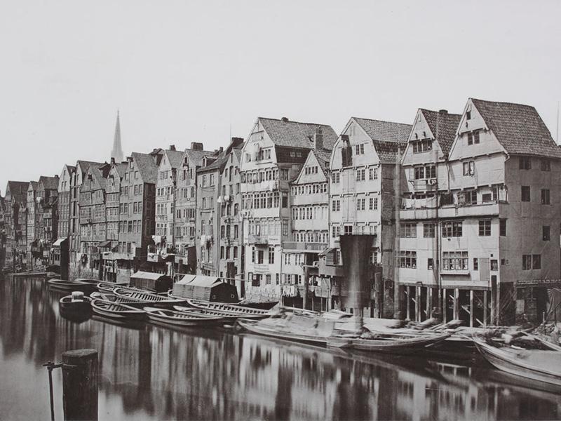 Bild: Entstehung einer Stadt aus Speichern