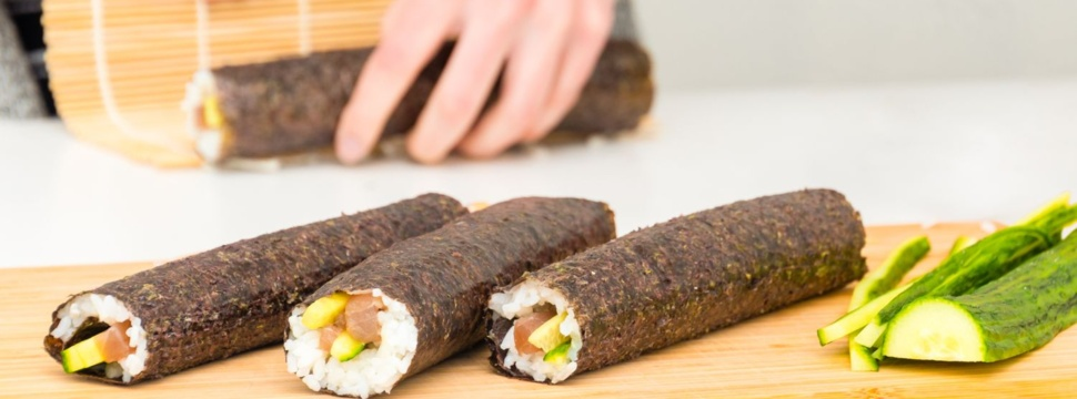Sushi selber machen, © iStock.com/MXW Stock