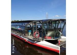 Alsterrundfahrt mit der Alster-Touristik - Die Stadtrundfahrt auf dem Wasser
