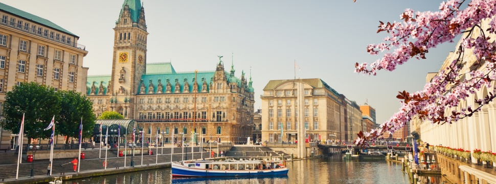 Sommer in Hamburg, © iStock.com/sborisov