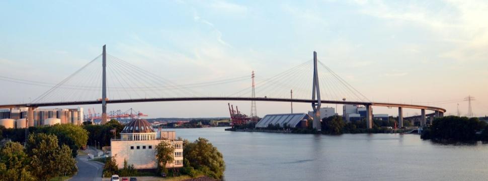 Köhlbrandbrücke, © Nikon-2110/pixabay.com