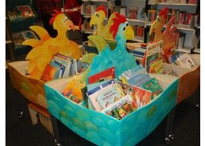 Bilderbuchkrippen in der Bücherhalle Steilshoop