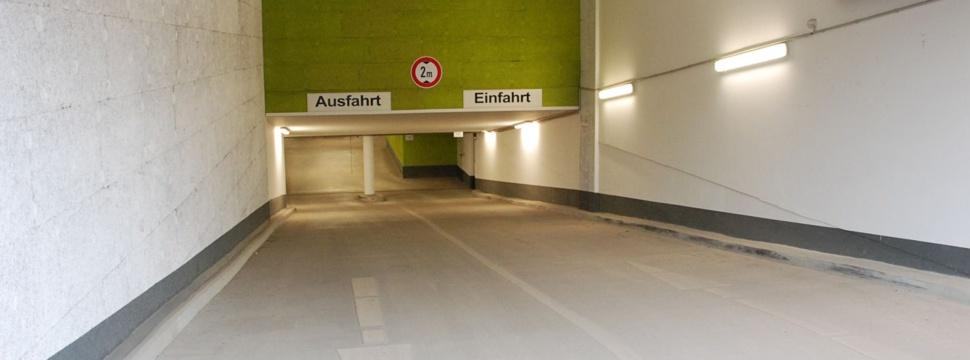 Parkhaus Einfahrt (Beispielbild), © Bernd Sterzl / pixelio.de