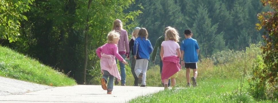 Familienausflug, © pixabay.com/Esther Merbt