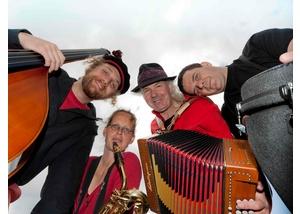 Ulrich Kodjo Wendt & UKW-Band