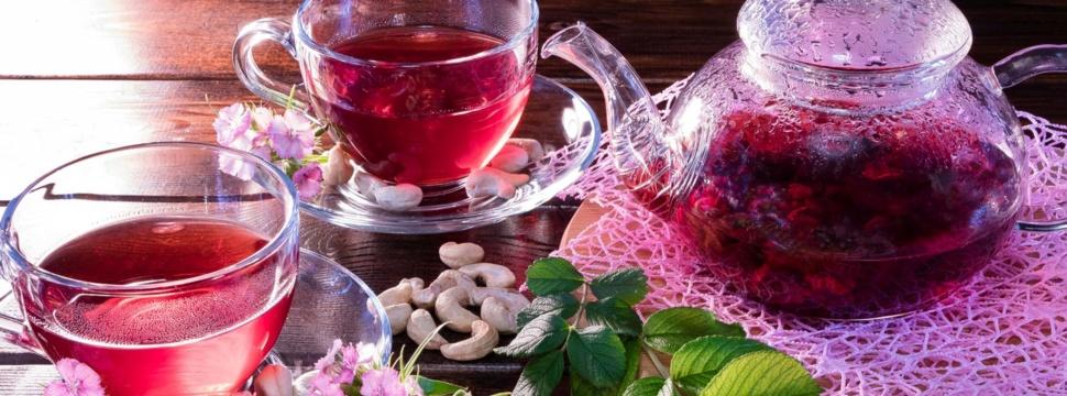 Tea time, © iStock.com/Yevgeniy Sambulov