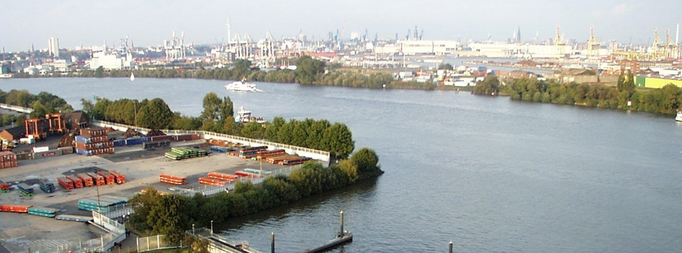 Hamburger Hafen aus südlicher Sicht, © hamburg-magazin.de