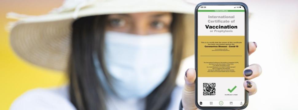Digitaler Impfpass, © iStock/Travel Wild