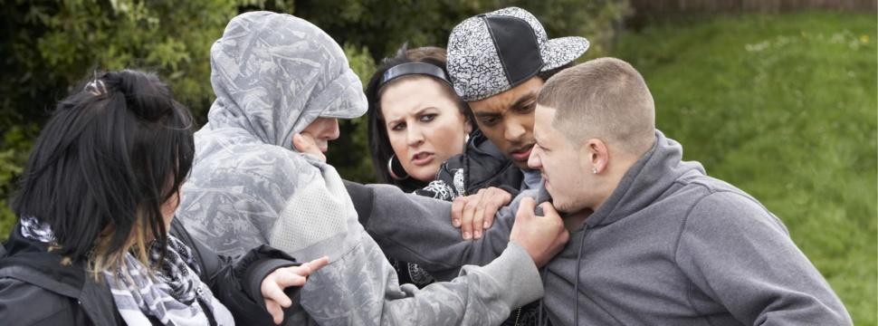 Gewalt unter Jugendlichen, © iStock.com/monkeybusinessimages