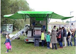 Kubinas Saftmobil - Hamburgs Mosterei auf Rädern
