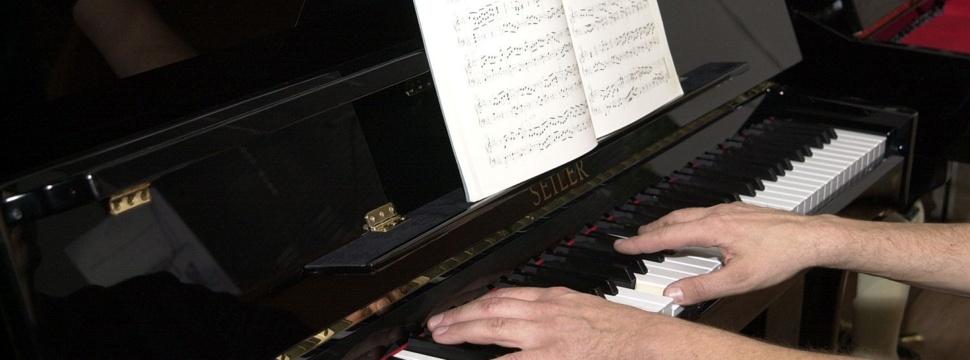 Klavier spielen, © hamburg-magazin.de