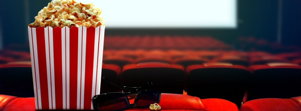 Kino-Besuch mit Popcorn, © iStock.com/razihusin