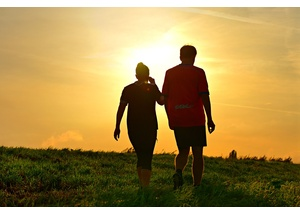 laufen-menschen-walking-wandern-c-pixabay