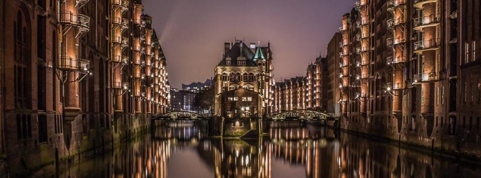Wasserschloss in der Speicherstadt, © Attis Vigh
