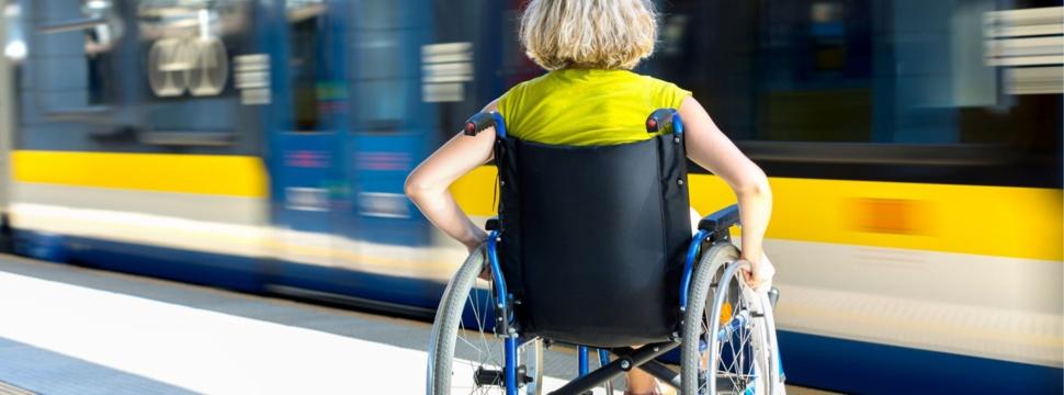Leben mit Handicap, © iStock.com/apeyron